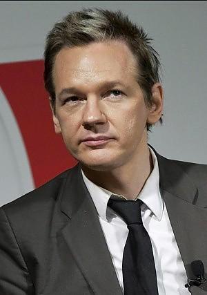 "Assange: ""Così sveleremo l'Assurdistan-Italia"""