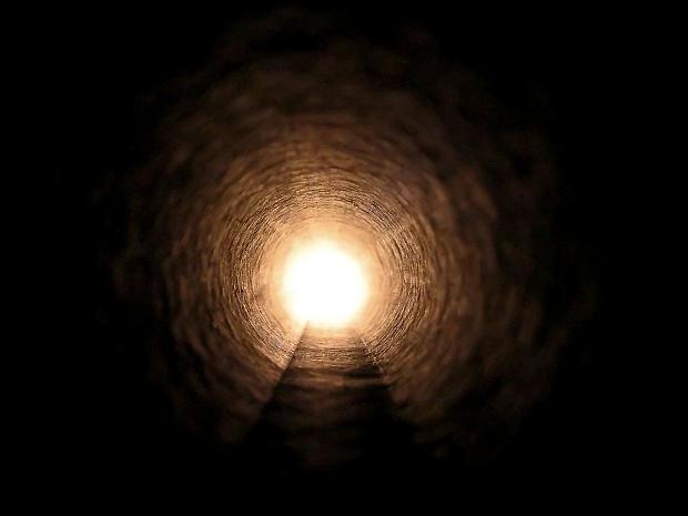 tunnel di luce pre-morte