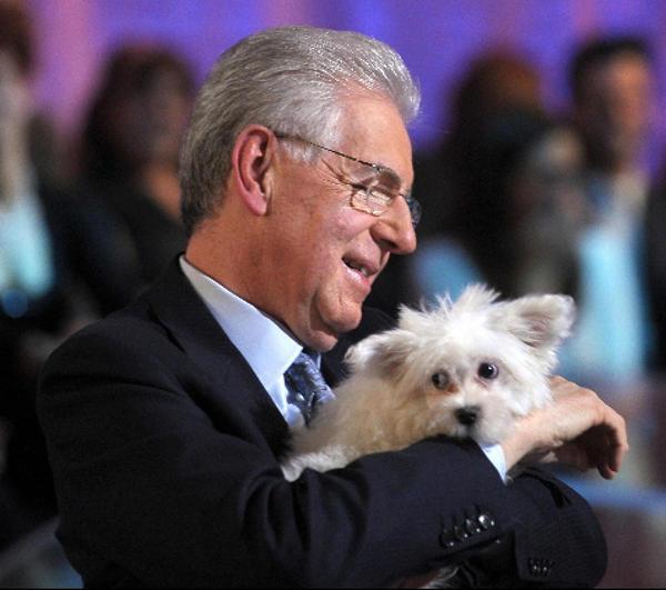 Mario Monti e il cagnolino Empy