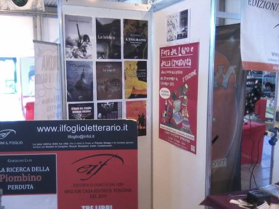 La lebbra - Giuseppe Iannozzi - Il Foglio letterario - alla Fiera del Libro e della Creatività di VenturinaLa lebbra_di_Giuseppe_Iannozzi_a_Venturina_3
