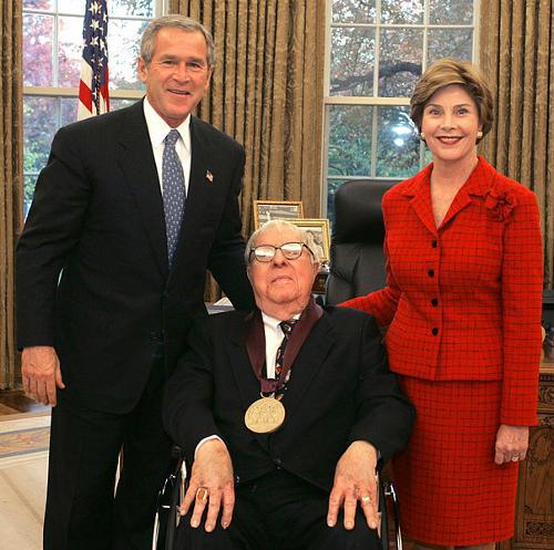 Ray Bradbury e George W. Bush