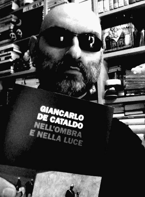 """Iannozzi Giuseppe consiglia Giancarlo De Cataldo """"Nell'ombra e nella luce"""""""