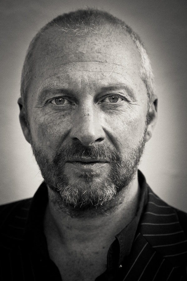 Colin Vearncombe (Black)