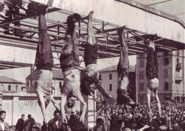 Mussolini e Petacci a Piazzale Loreto - 1945