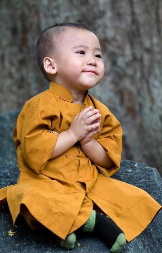 buddhist monk child