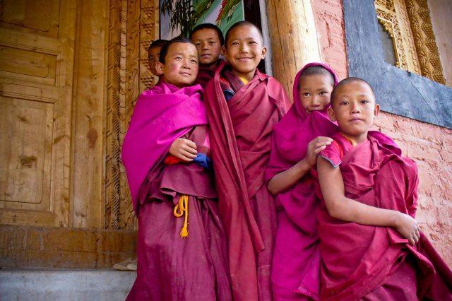 giovani monaci tibetani