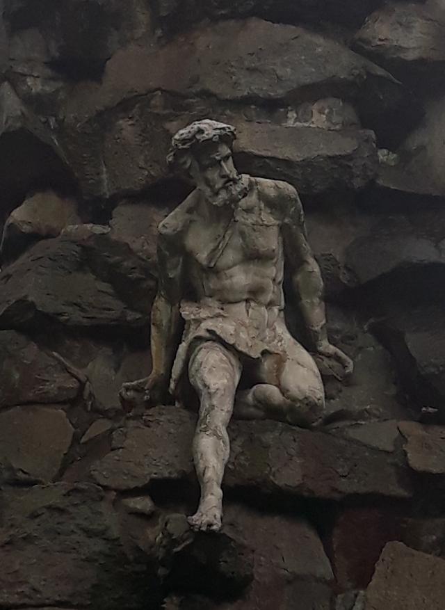 Torino, PIazza Statuto, la porta dell'inferno