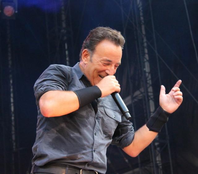 Bruce Springsteen - fonte: https://commons.wikimedia.org/wiki/File:Bruce_Springsteen.jpg