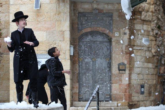 La neve a Gerusalemme (2014)